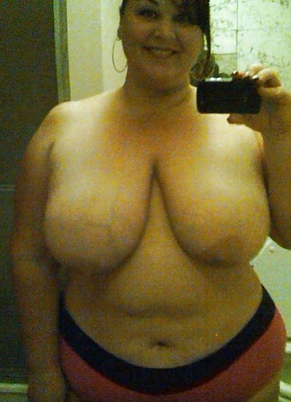 Femmes nues avec de grosses hanches