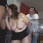 Epouse obèse enculée devant son mari voyeur