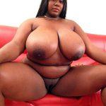 Fatou, Africa Queen