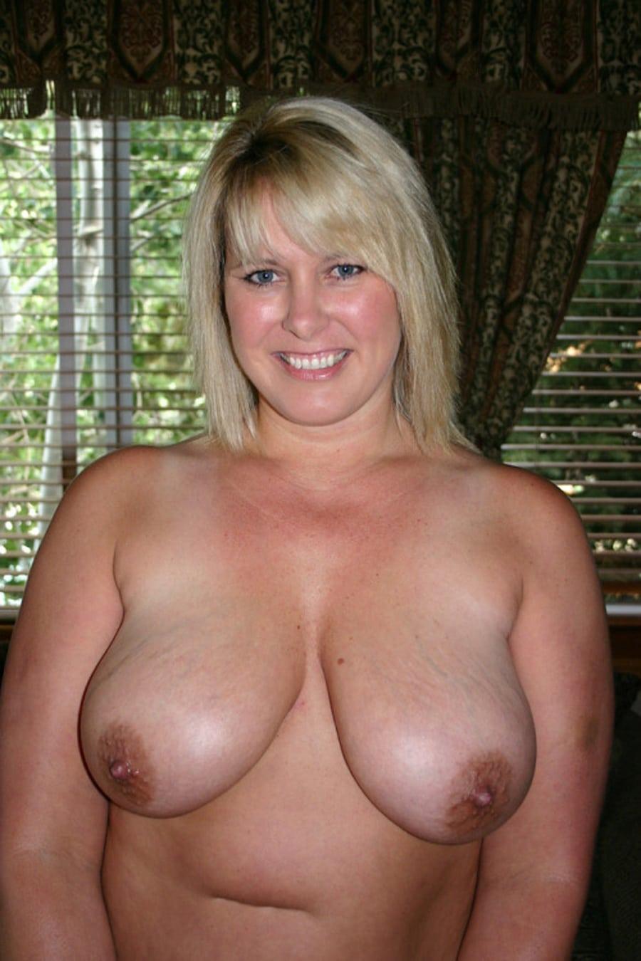 blondes pulpeuses ronde et chaude