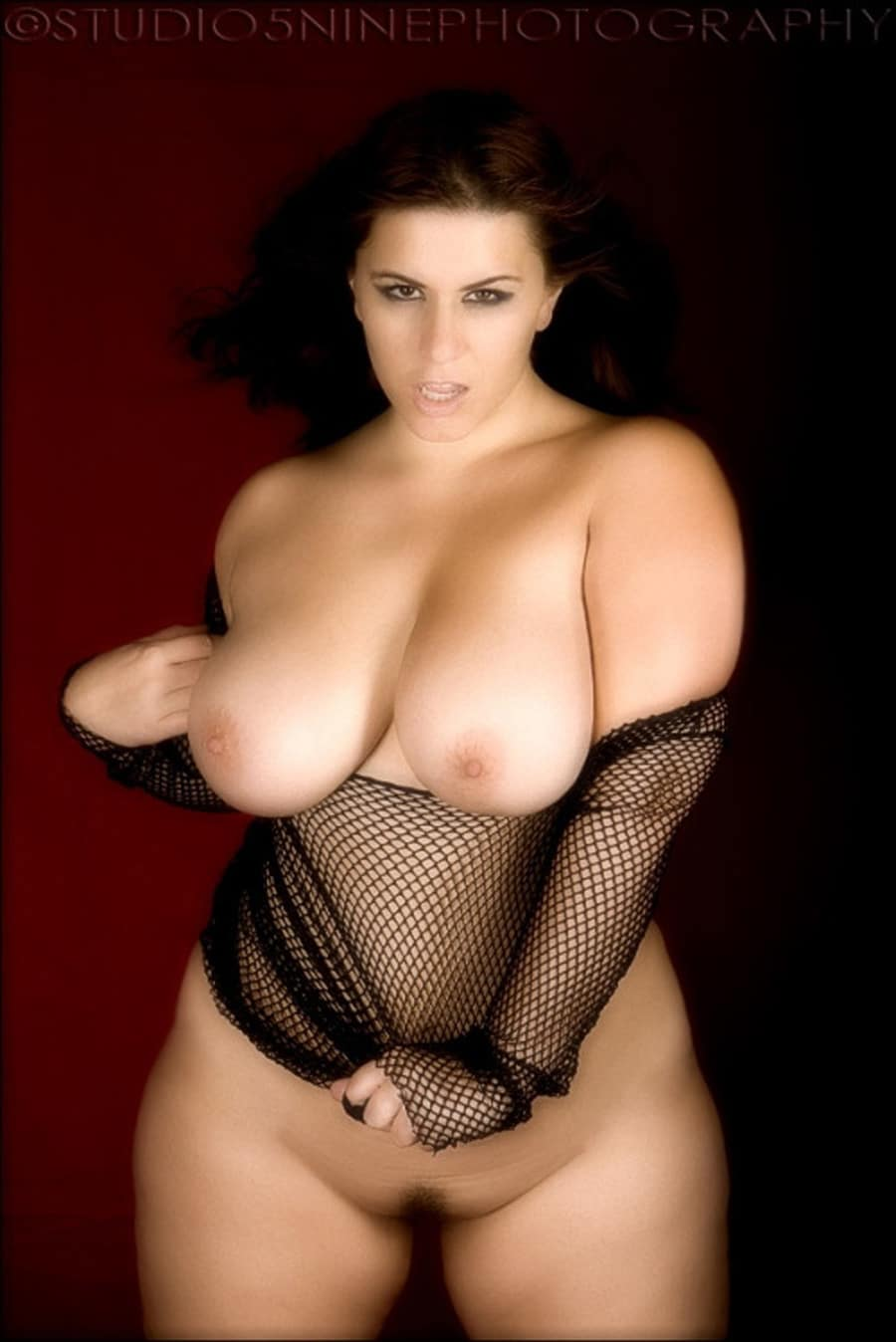 Gros Seins Video - Model page