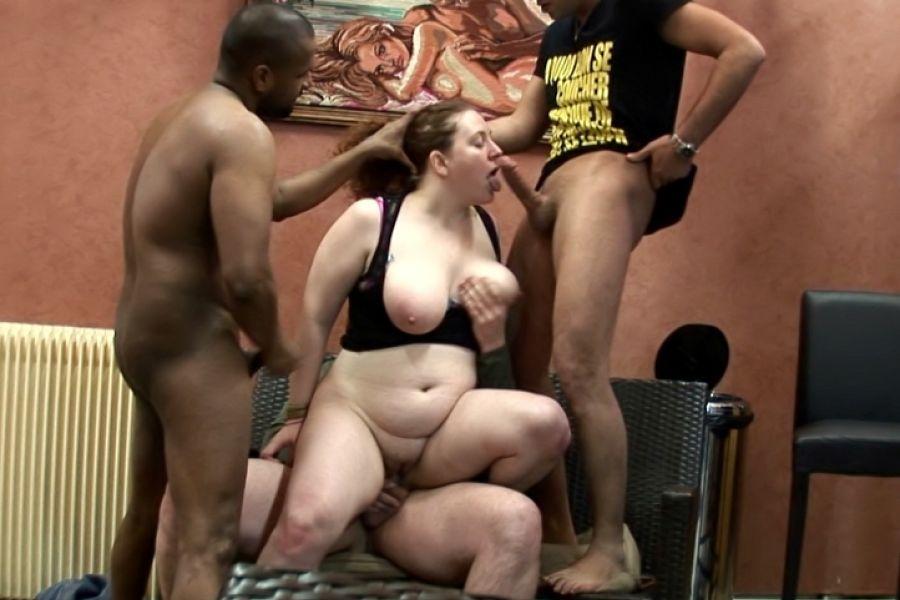 Gangbang violent de Stéphanie, grassouillette ronde soumise