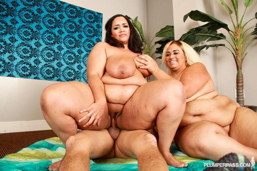 Vylette Vonne and Lovely Sillk, latines BBW en threesome