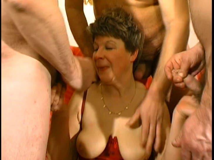 vagin older women escorts