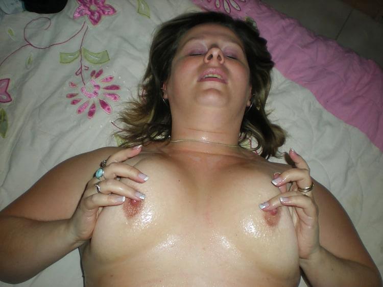 Christine, femme au foyer ronde libertine 2