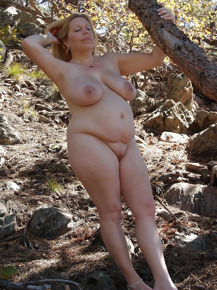 Marie, MILF grassouillette naturiste 14
