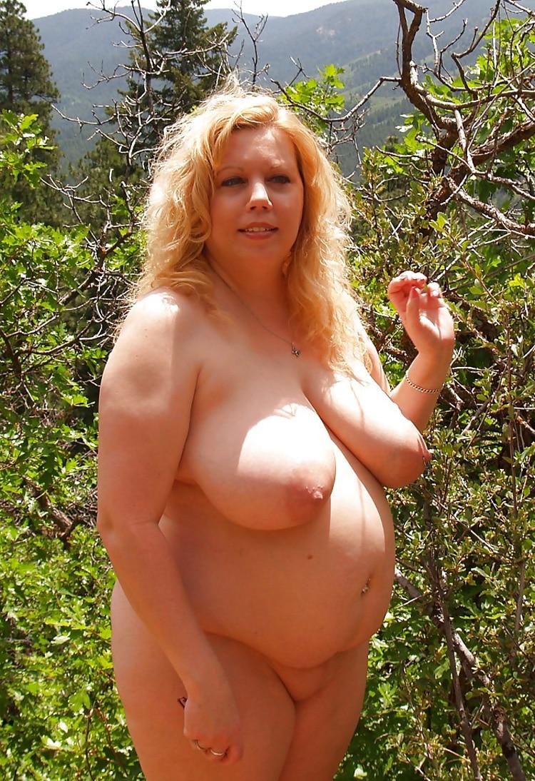 Marie, MILF grassouillette naturiste 15