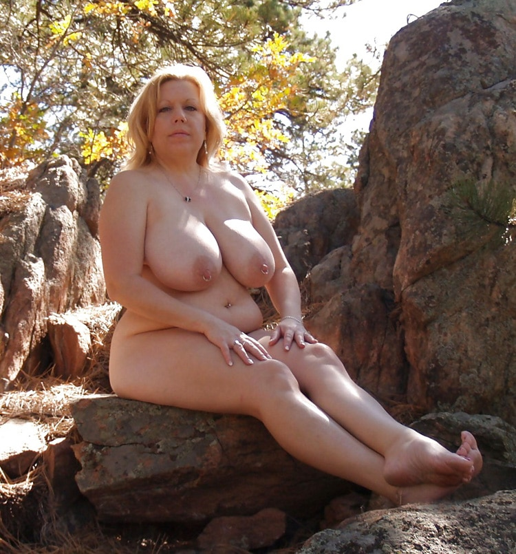 Marie, MILF grassouillette naturiste 16