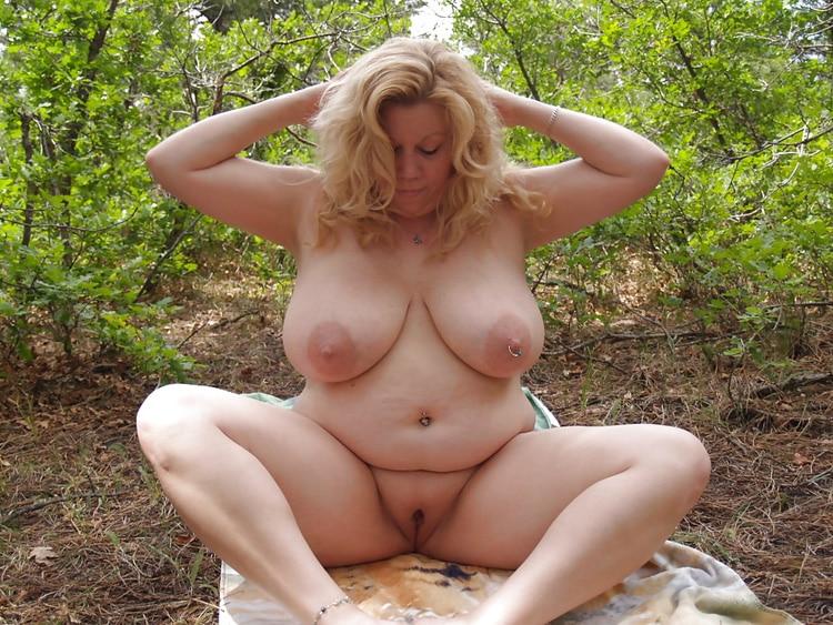 Marie, MILF grassouillette naturiste 3
