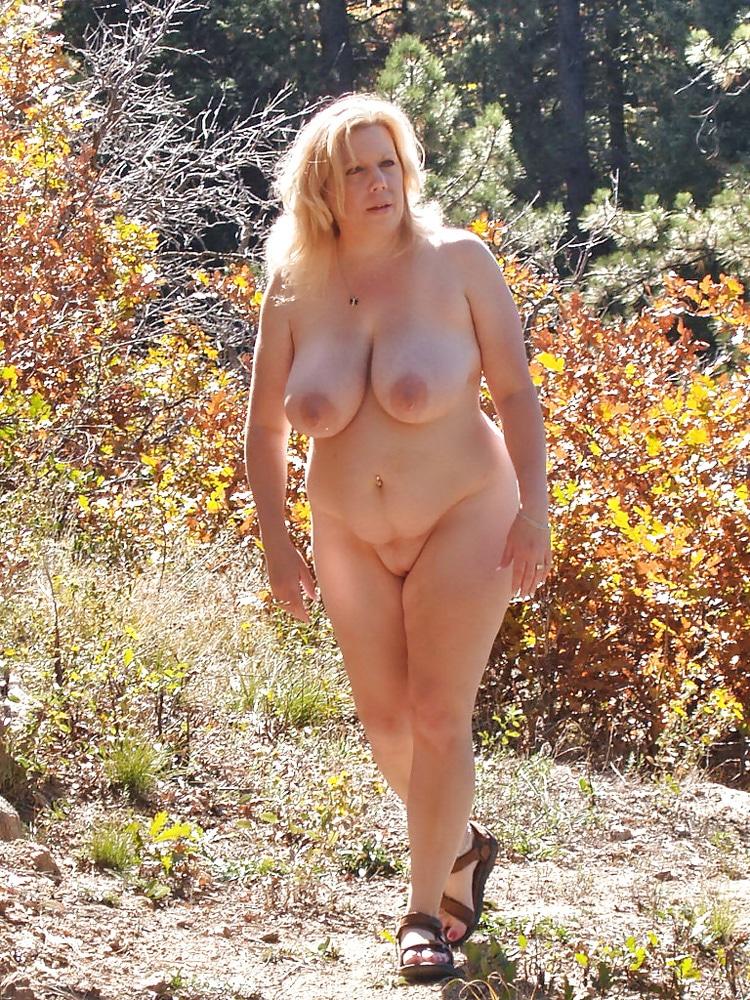 Marie, MILF grassouillette naturiste 7